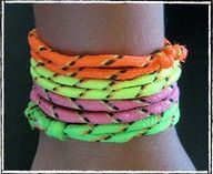Childhood memories Neon-Freundschaftsbänder Business Wear News You Can Use The transition to busines 90s Childhood, My Childhood Memories, Sweet Memories, Fashion Themes, 80s Fashion, Los Millennials, Neon Bracelets, String Bracelets, Kids Bracelets