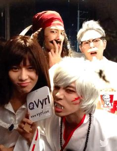 On October 29, the artists of SM Entertainment held their annual Halloween party, SMTOWN Wonderland, and it seems SHINee made sure to come prepared! SMTOWN uploaded a short video to their official YouTube page of the SHINee members stopping by a convenience store in their costumes to pick up some sn...