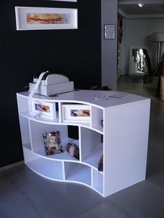 Showroom furniture by Imotiu