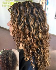 Senior Colorist at Devachan Salon Soho NYC Specializing in the Pintura technique painting the world one curl at a time NYC/SI