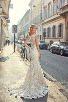 """Wedding Dress #MD239 – Eddy K Bridal Gowns   Designer Wedding Dresses 2018: This gown just screams """"Here comes the bride!"""" #eddyk #eddykbridal #eddykmilano #italiandesign #bridalcouture #weddingdress #weddinggown #weddingplanning #bridetobe #futuremrs #bride #elegantbride"""