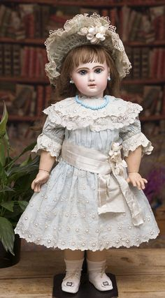 "24"" (61 cm.) Antique French Very Beautiful French Bisque Bebe Jumeau, from respectfulbear on Ruby Lane"