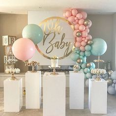 Ideas For Baby Reveal Ideas Balloons Deco Baby Shower, Baby Shower Balloons, Baby Shower Themes, Baby Boy Shower, Baby Shower Parties, Shower Ideas, Baby Showers, Baby Shower Balloon Decorations, Shower Centerpieces