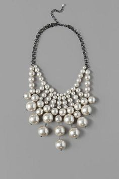 Hillsborough Pearl Statement Necklace -- Francesca's has the most amazing statement necklaces!