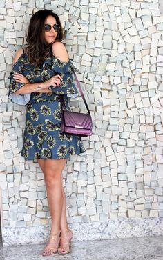 Look da Camis | Camila Gomes | Vestido The Secret Store, Óculos Prada, Bolsa Adô Atelier, Sandália Zara