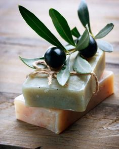 Olive Oil has traditionally been used as an antibacterial agent, a cleanser, a moisturizer, and a massage oil. Oleic acids: a) Maintain the softness, suppleness, and radiance of skin and hair; b) Stimulate the growth of thicker, longer, and stronger hair; c) Reduce the appearance of aging, such as premature wrinkles and fine lines. .. .. .. #OliveOil #NuOliveOil #evoo #BoutiqueOliveOil #naturalcosmetics #visitcroatia