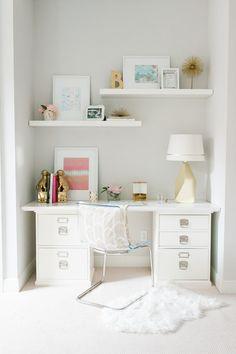 Lovely office space #WhiteOffice #GoldAndWhite #HomeDecor
