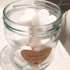 STÄDA GIFTFRITT – FRÄSIG TOALETTRENGÖRING – Organic By Mommy