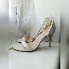 e9480ed7e NEW LOOK WHITE 3 INCH SANDAL HEELS • New Look 3 inch sandal - Depop Sandal