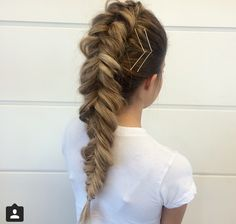 Mohawk fishtail braid by instagram @hairbypris #hair #braid #hairinspiration #hairstyles
