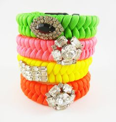 The Royalty Bracelet - Glam up your Paracord Bracelet with a Vintage Pin.