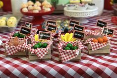 Discover thousands of images about Festa fazendinha: Antônio – 2 anos - Inesquecível Festa! Farm Animal Birthday, Farm Birthday, Birthday Party Themes, Popsicle Stick Crafts, Craft Stick Crafts, Diy And Crafts, Barnyard Party, Farm Party, Theme Mickey