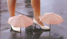 19 Awesomely Impractical Japanese Inventions - For keeping your shoes dry in the rain without compromising style Useless Inventions, Funny Inventions, Japanese Inventions, Crazy Inventions, Inventions Folles, Me Too Shoes, Weird Shoes, Ideas Para Inventos