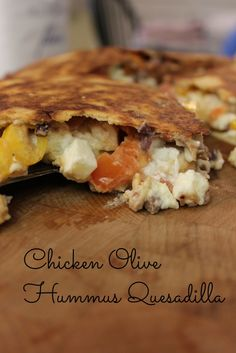Chicken and Olive Hummus Quesadilla - Hummus is perfect on it's own with some soft pita or pretzels but is amazing as a salad dressing base, sauce on pizza, sandwich spread and so much more! Chicken Sandwich Recipes, Lunch Box Recipes, Easy Chicken Recipes, Easy Dinner Recipes, Snack Recipes, Easy Meals, Pizza Sandwich, Sandwich Spread, Lunchbox Ideas