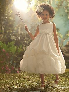 Disney Blossoms by Alfred Angelo Style #710 for your little Tiana. #AlfredAngelo www.alfredangelo.com