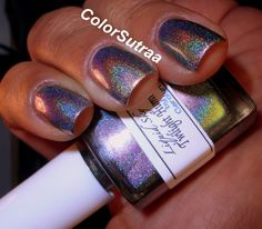 Birds are thought to symbolize freedom, as they walk on the earth, swim in the water and soar in the sky.  They symbolize the link between heaven and earth.Twilight Hummingbird is a holo silver/green/pink multichrome. First and second swatches are by Babi, @colorsutraa on Instagram, and colorsutraa.blogspot.com blog. Third and fourth swatches are by Rychelle @colorsplashnails on Instsgram, and colorsplashnails.blogspot.com blog. Swatch is two costs by itself no top coat...