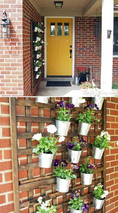 12 Wonderful DIY Planter Ideas for Your Front Porch A beautiful vertical wall planter made using wood trellis will add great curb appeal for your porch wall. House With Porch, Porch Wall Decor, Diy Planters, Front Porch Ideas Curb Appeal, Wall Planters Outdoor, Porch Planters, Wood Trellis, Exterior Wall Art, Porch Trellis