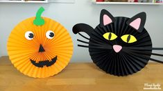 Halloween tök és fekete macska papírból Activities For Kids, Wreaths, Autumn, Google, Decor, Decoration, Fall, Decorating, Kid Activities