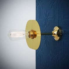With sophisticated design, the Kigoma Wall Light is a great way to create focused lighting without taking up space. This bare bulb wall light is great for creating a warm, inviting atmosphere in restaurants and cafes. It can be used as bedside light or study task light. With a exposed light bulb, this vintage wall light will provide wide illumination even in small areas. #tasklight #barebulb #walllight #lighting #wallsconce #bedsidelight