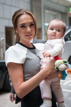 Tamara Ecclestone Photos - Tamara and Petra Ecclestone Enjoy Beverly Hills with Their Daughters - Zimbio