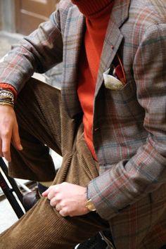 Luca Rubinacci - Orange for winter color Dapper Gentleman, Gentleman Style, Dope Fashion, Mens Fashion, Men Dress Up, Mens Attire, Well Dressed Men, Fashion Images, Stylish Men