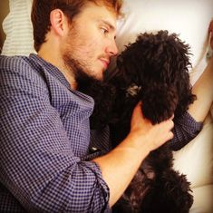 The only thing cuter than Rosie is how much Sam Claflin loves Rosie. | Sam Claflin Is A Very Hot Dog Dad