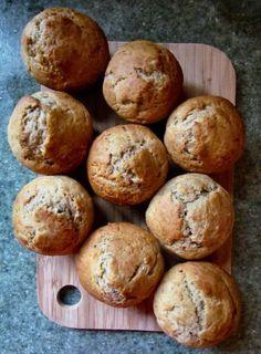 Healthier Banana Bread Recipe (with coconut oil and less sugar)