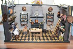 Alte antike Puppenstube Rauchfangküche
