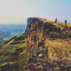 In this post, I wanted to tell you about 15 absolutely free things to do in Edinburgh, if you are on a tight budget and still want to explore the city!