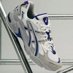 Shoes Jordans, Air Jordans, Shoe Image, Men's Fashion, Fashion Outfits, Dress Codes, Casual Shoes, Trainers, Fashion Photography