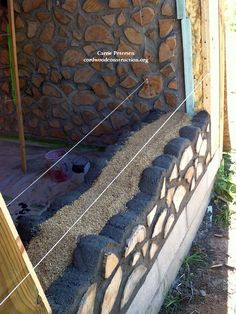 Cordwood in Norway & Sweden: Wood Chunk Walls Casas Cordwood, Cordwood Homes, Earthship Home, Earth Homes, Natural Building, House In The Woods, Wood Construction, Log Homes, Wisconsin