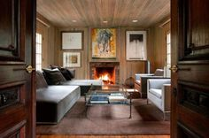 20 Charming Living Rooms With Wooden Panel Walls - Rilane