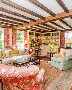 Home Interior Design — my kind of reading room Cottage Living Rooms, Rugs In Living Room, Portsmouth, English Cottage Interiors, Cosy Home, English Decor, Cottage Furniture, House Goals, Home Interior Design