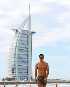 Footballer André Silva's abs and chest go to Dubai. More hot men Hot Men, Hot Guys, Soccer Guys, Soccer Players, Portugal Football Team, Dubai, Big Boyz, Sexy Gay Men, Cristiano Ronaldo Cr7