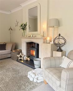 Cozy small living room decor ideas, include modern, rustic, and traditional and more. If you want to decor living, you can browse our website from time to time. Living Room Interior, Home Living Room, Living Room Designs, Living Room Decor, Cosy Cottage Living Room, Simple Living Room, Small Living, Log Burner Living Room, Living Room With Fireplace