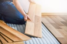 Laminate flooring is a quick and easy way to give your living room, kitchen or bedroom a new look. You can get started straight away with these instructions and tips. Laying Laminate Flooring, Cordless Power Tools, Garden Equipment, Butcher Block Cutting Board, Canning, Room Kitchen, Living Room, Bedroom, Tips