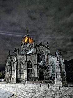 Découvrir l'Écosse en cinq lieux phares - Blog Gournal Arthur's Seat, Rue Pietonne, Cathedral, Blog, Old Boats, Lighthouses, Places, Cathedrals