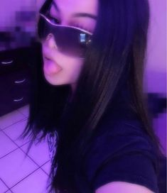 Swag Girl Style, Girl Swag, Bad Girl Aesthetic, Aesthetic Clothes, 00s Mode, Mode Hipster, Cute Selfie Ideas, Cute Poses For Pictures, Swag Pictures