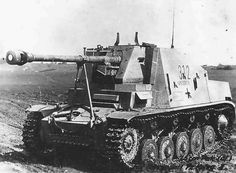 Panzer Ii, F22, Self Propelled Artillery, Ww2 Photos, Tank Destroyer, Armored Fighting Vehicle, Military Pictures, Ww2 Tanks, Battle Tank