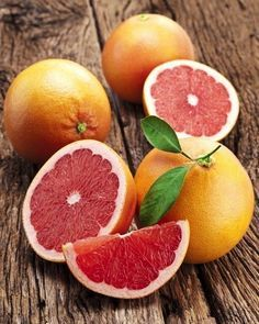 Grapefruit Grapefruits are low in calories, high in enzymes, and full of healthy carbohydrates that will keep you full. There is a compound in the fruit that lowers insulin (the fat-storage hormone) which can lead to weight loss. Cut up a half grapefruit for your next breakfast meal, and see how you feel.