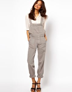 overalls, so theyre back...