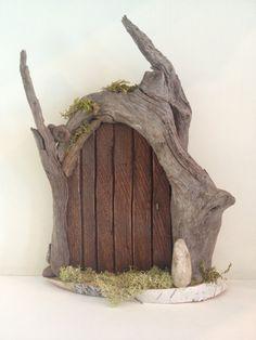 Items similar to Handmade, driftwood fairy door on Etsy