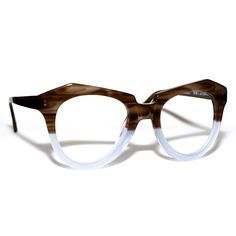 Frame Roya by Spec Eyeworks - Funky Glasses, Cute Glasses, Glasses Frames, Fashion Eye Glasses, Cat Eye Glasses, Lunette Style, Ysl, Four Eyes, Givenchy