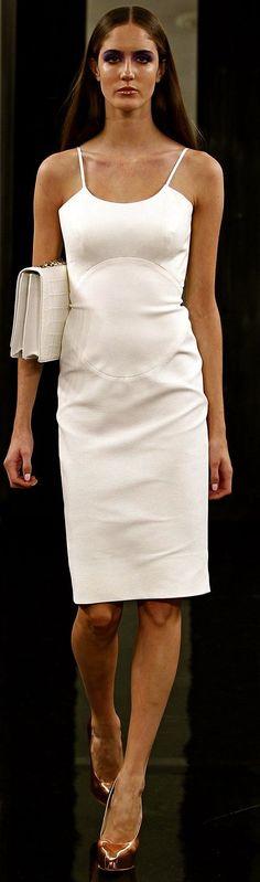 Victoria Beckham - waist