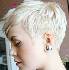 Today we have the most stylish 86 Cute Short Pixie Haircuts. We claim that you have never seen such elegant and eye-catching short hairstyles before. Pixie haircut, of course, offers a lot of options for the hair of the ladies'… Continue Reading → Short Pixie Haircuts, Short Hair Cuts, Short Hair Styles, Pixie Cuts, Short Blonde Pixie, Long Pixie, Platinum Blonde Pixie, Blonde Pixie Hair, Choppy Haircuts