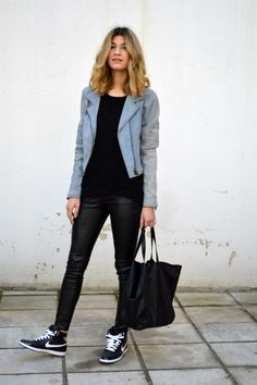 Discover and organize outfit ideas for your clothes. Decide your daily outfit with your wardrobe clothes, and discover the most inspiring personal style Only Fashion, Girl Fashion, Womens Fashion, Style Fashion, Nike Free 3.0, Blue Suede Jacket, Leopard Jacket, Paris Mode, Looks Street Style