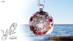 Orgonita nº 60 por Unic Art en Etsy  #orgonependant #orgonejewelry #orgoneenergy #etsyseller #etsygifts #resinjewelry #orgonit #orgonita #energypendant #handmadejewelry #reikijewelry #hamsahandpendant