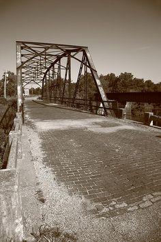 Route 66 - One Lane Bridge. Rock Creek bridge on old Rt. 66 in Sapulpa, Oklahoma.