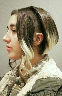 Bald Hair, Short Bangs, Crazy Hair, Weird Hair, Extreme Hair, Cool Hairstyles, Hairdos, Short Hair Styles, Hair Cuts