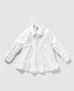Blusa de niña en blanco con bordados Embroidered Denim Shirt, Textiles, Easter Dress, Moda Online, Acer, Ruffle Blouse, Clothing, Shirts, Tops